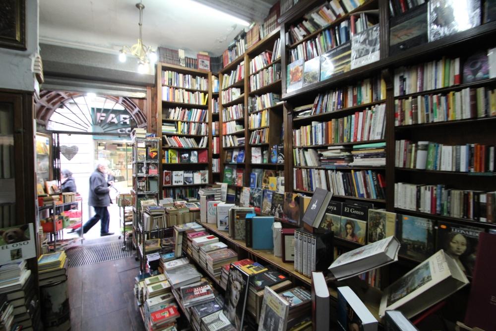 Librería Pérez Galdós, calle Hortaleza, 5 (4/5)