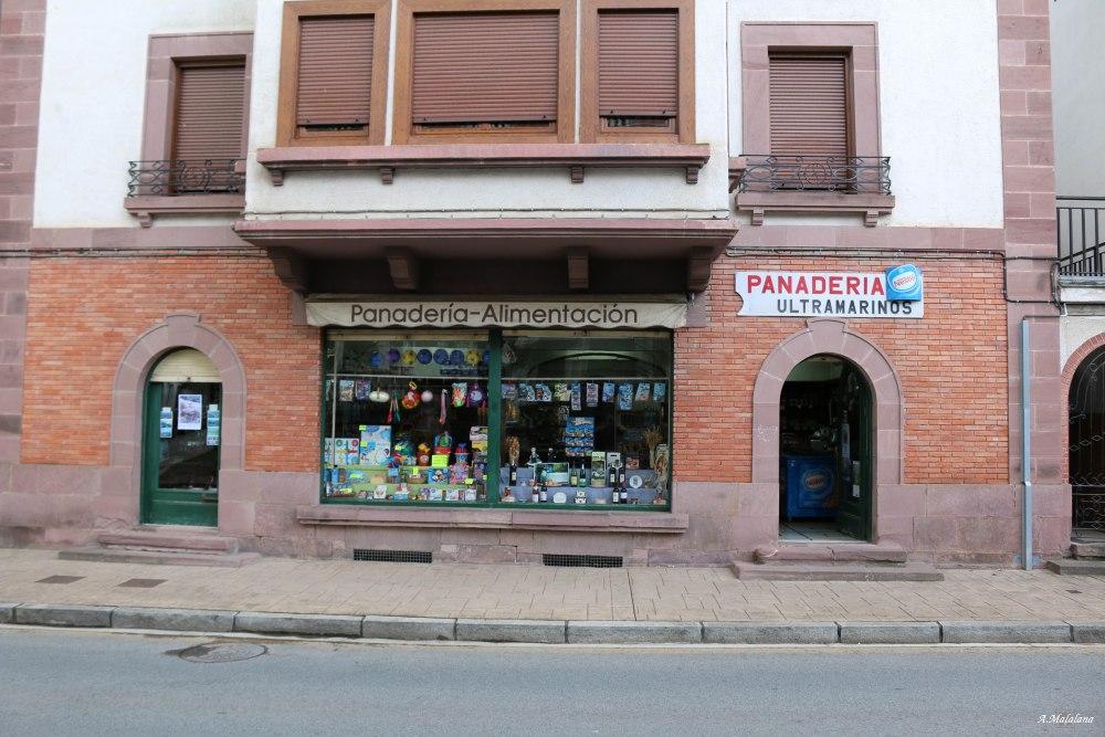 Los viejos negocios de Elizondo, en el  hermoso Valle del Baztán (2/6)